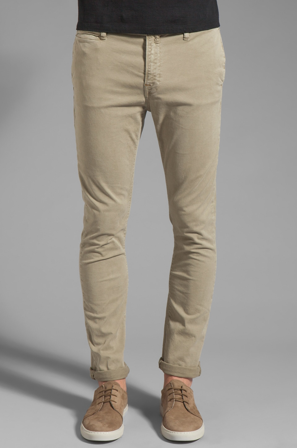 Nudie Jeans Khaki Tight in Organic Dusty Khaki