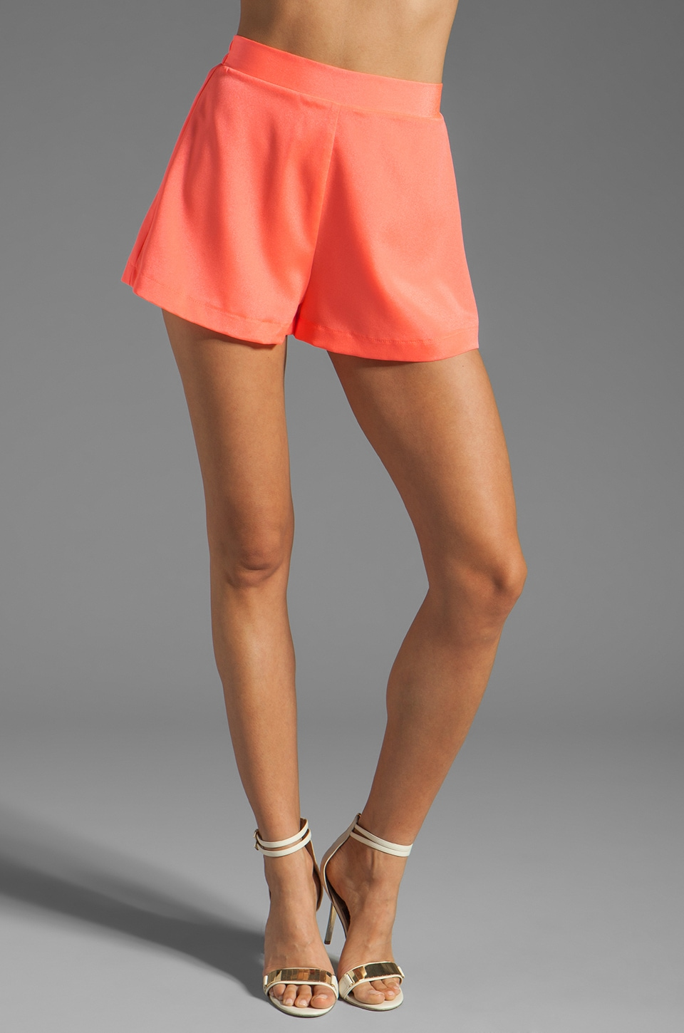 Naven Circle Shorts in Neon Salmon