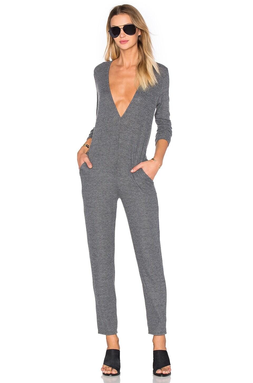 NYTT Low V Jumpsuit in Grey