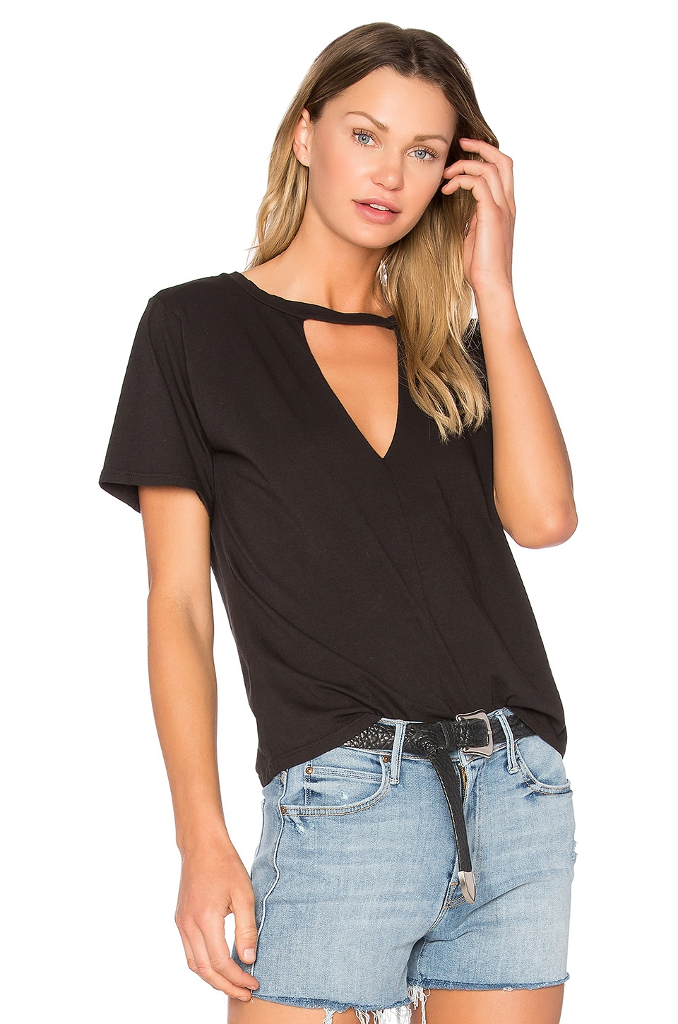 NYTT Keyhole Tee in Washed Black