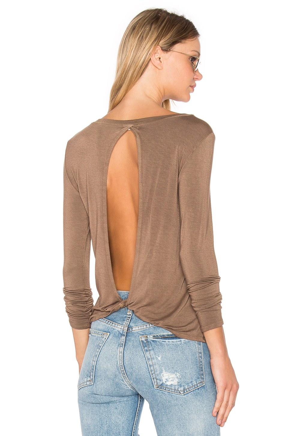 NYTT Twist Back Tee in Mocha