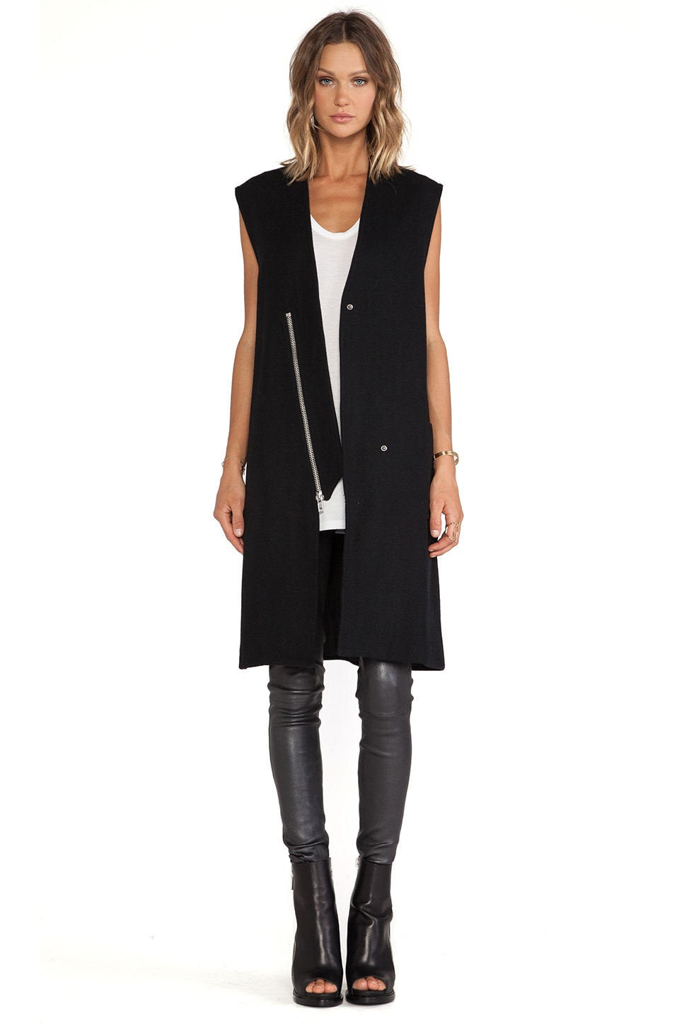 OAK Lapel Zip Vest in Black