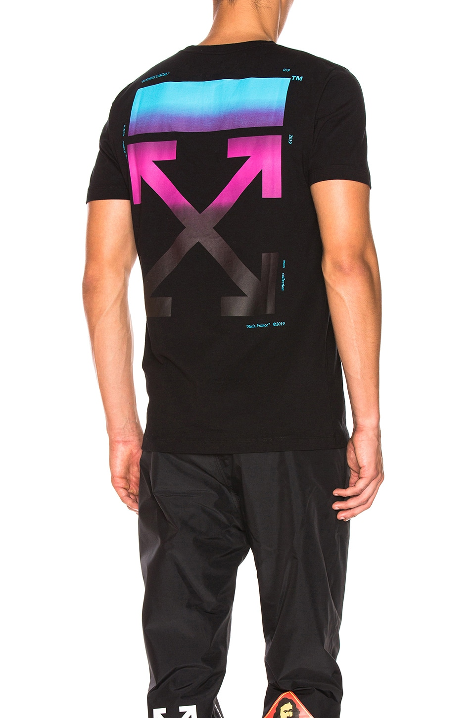 Off-White Industrial Strap Gradient Arrows T-Shirt Men/'s Small Medium Large
