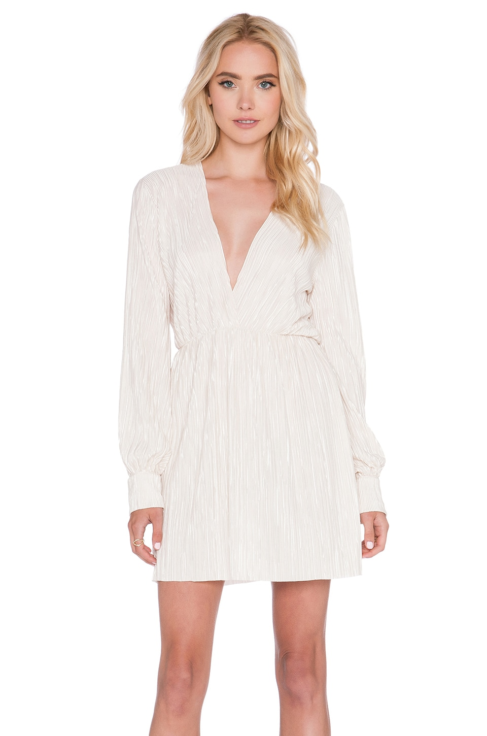 OH MY LOVE Best Of My Love Pleat Dress in White