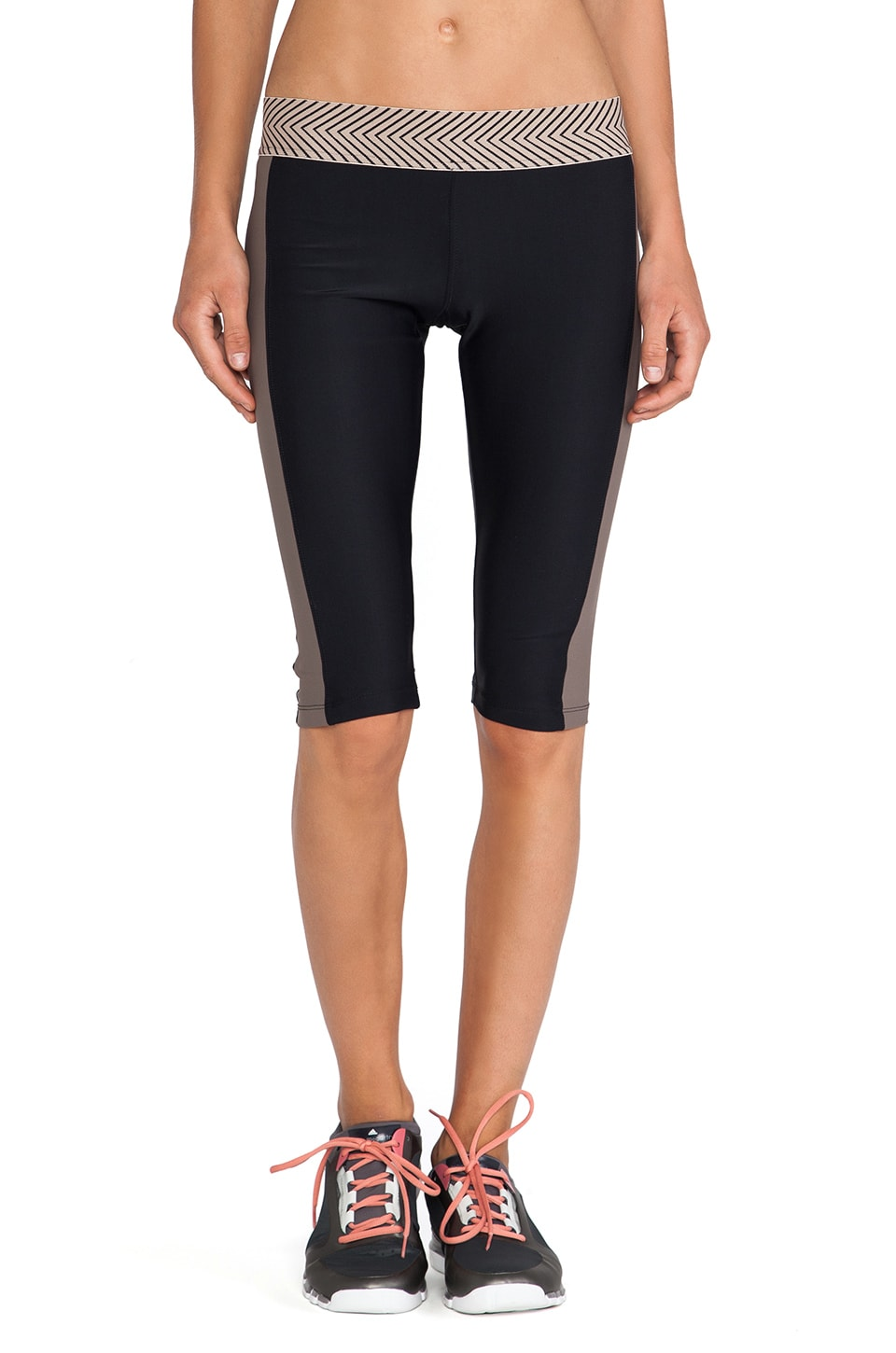 OLYMPIA Activewear Zeus Cropped Legging in Black/Taupe