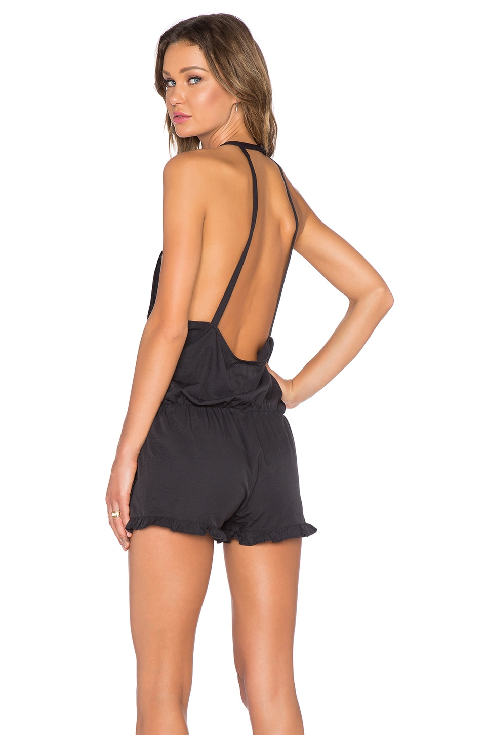 Revolve Clothing Coupon Code 20 : Mega Deals and Coupons