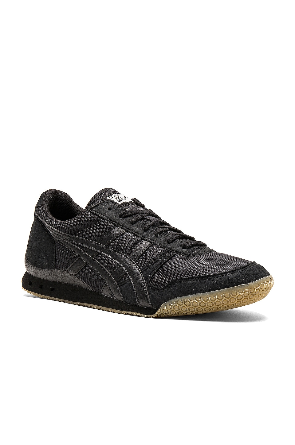 Onitsuka Tiger Ultimate 81 in Black Black