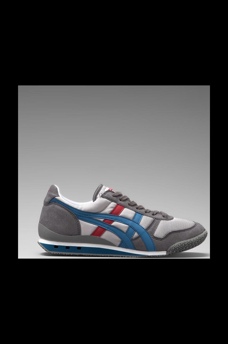 Onitsuka Tiger Ultimate 81 in Light Grey/Captain Blue