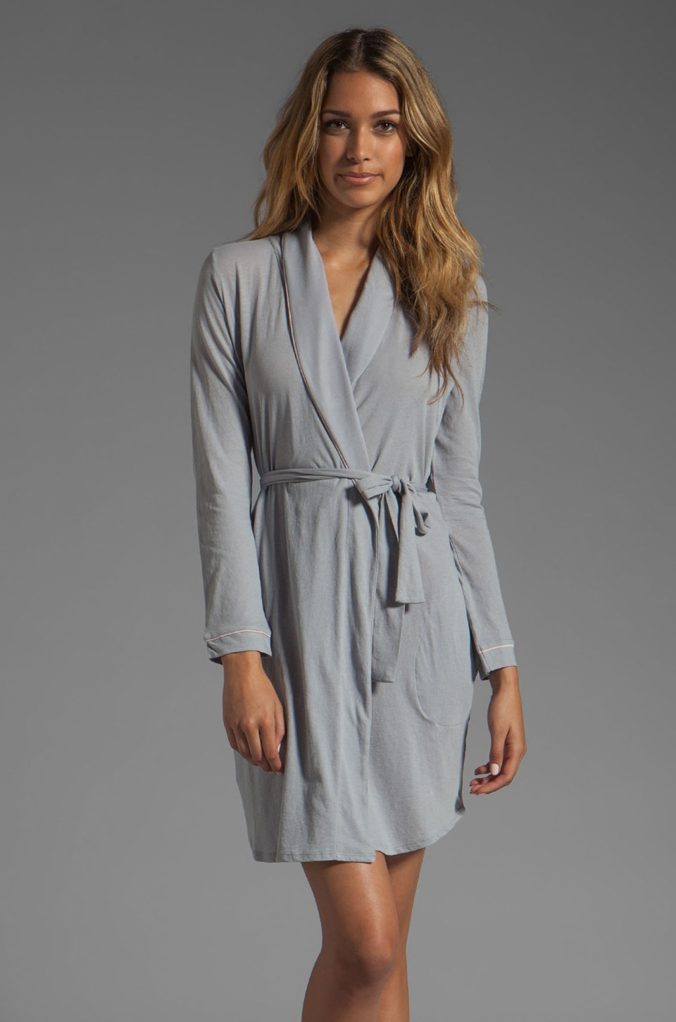 Only Hearts Organic Cotton Piped Short Robe in Pebble/Bone