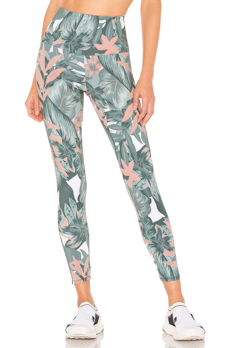 Onzie  ONZIE HIGH BASIC MIDI LEGGING IN GREEN.