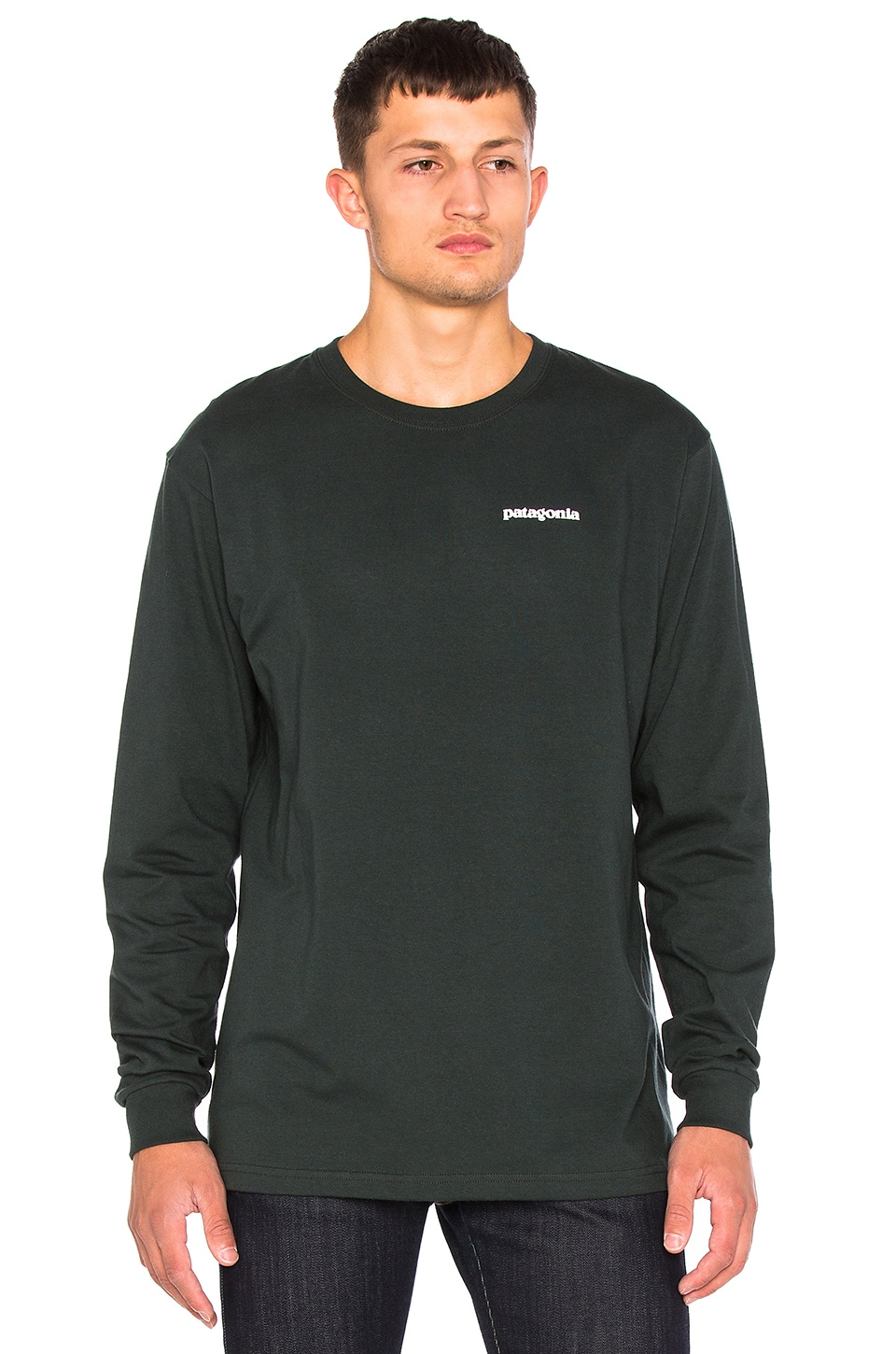a5ecab3f282b6 Patagonia P-6 Logo Long Sleeve Tee in Carbon