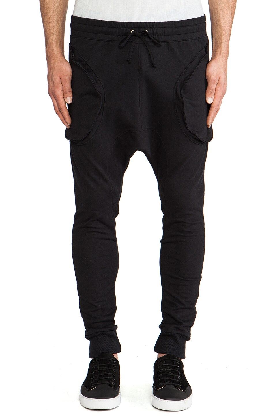 Post Bellum Drop Crotch Sweatpant in Noir