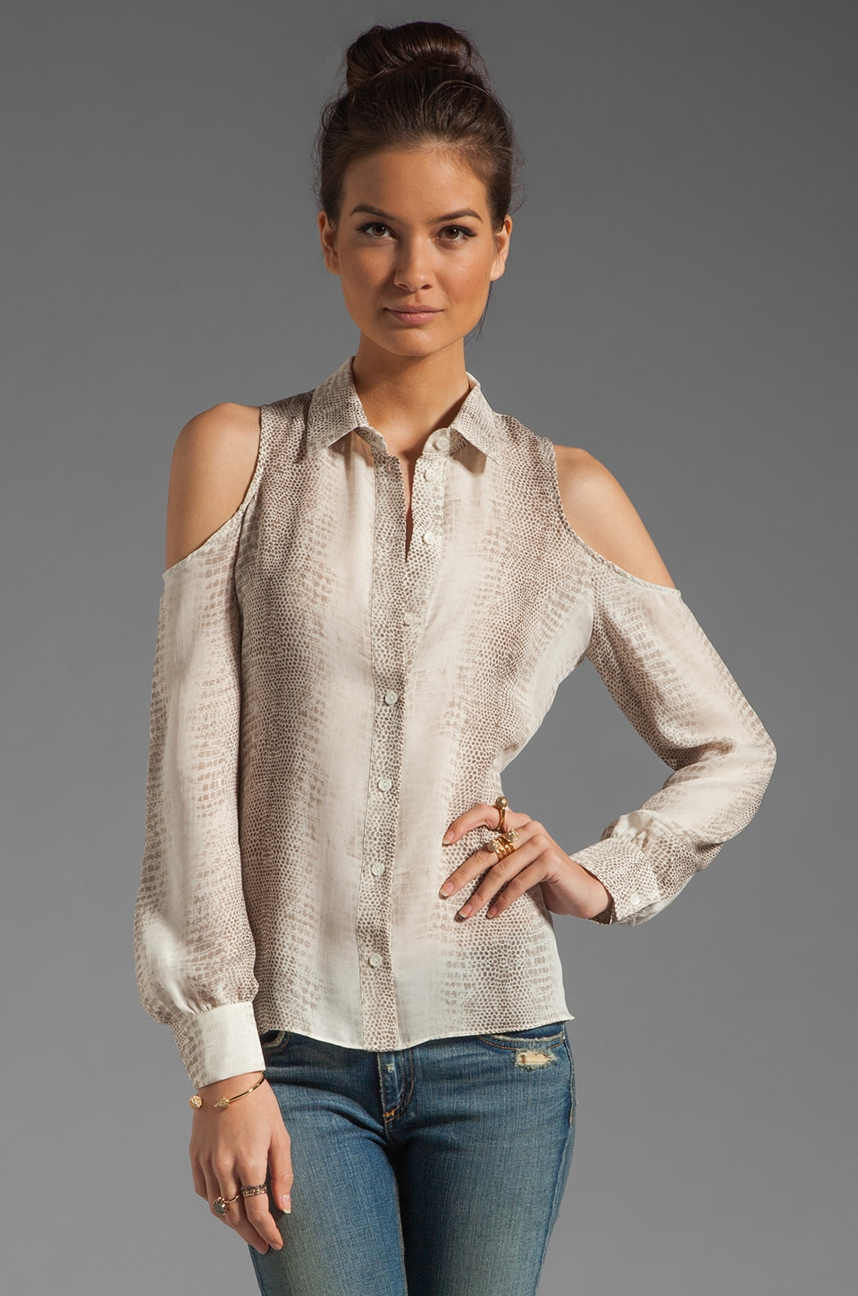 Parker Cutout Shoulder Top in Scale
