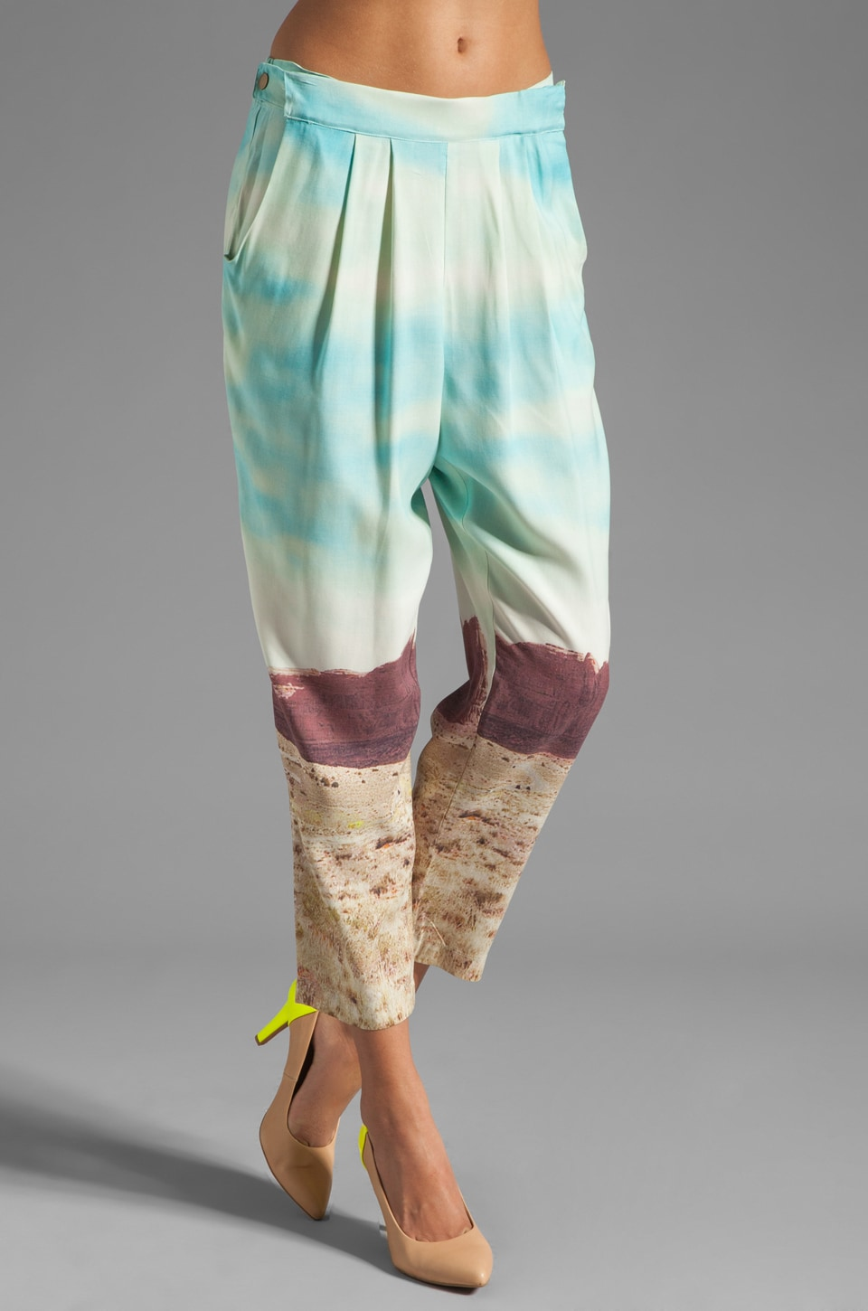 Plenty by Tracy Reese Photo Realistic Silk Prints Cropped Convertible Pant in Desert Scene