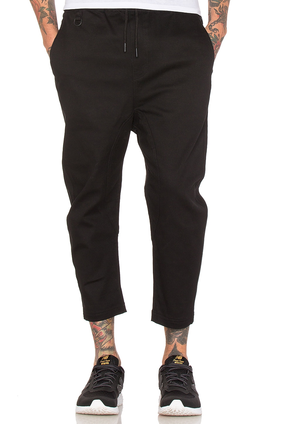 Publish Slash 3/4 Pant in Black