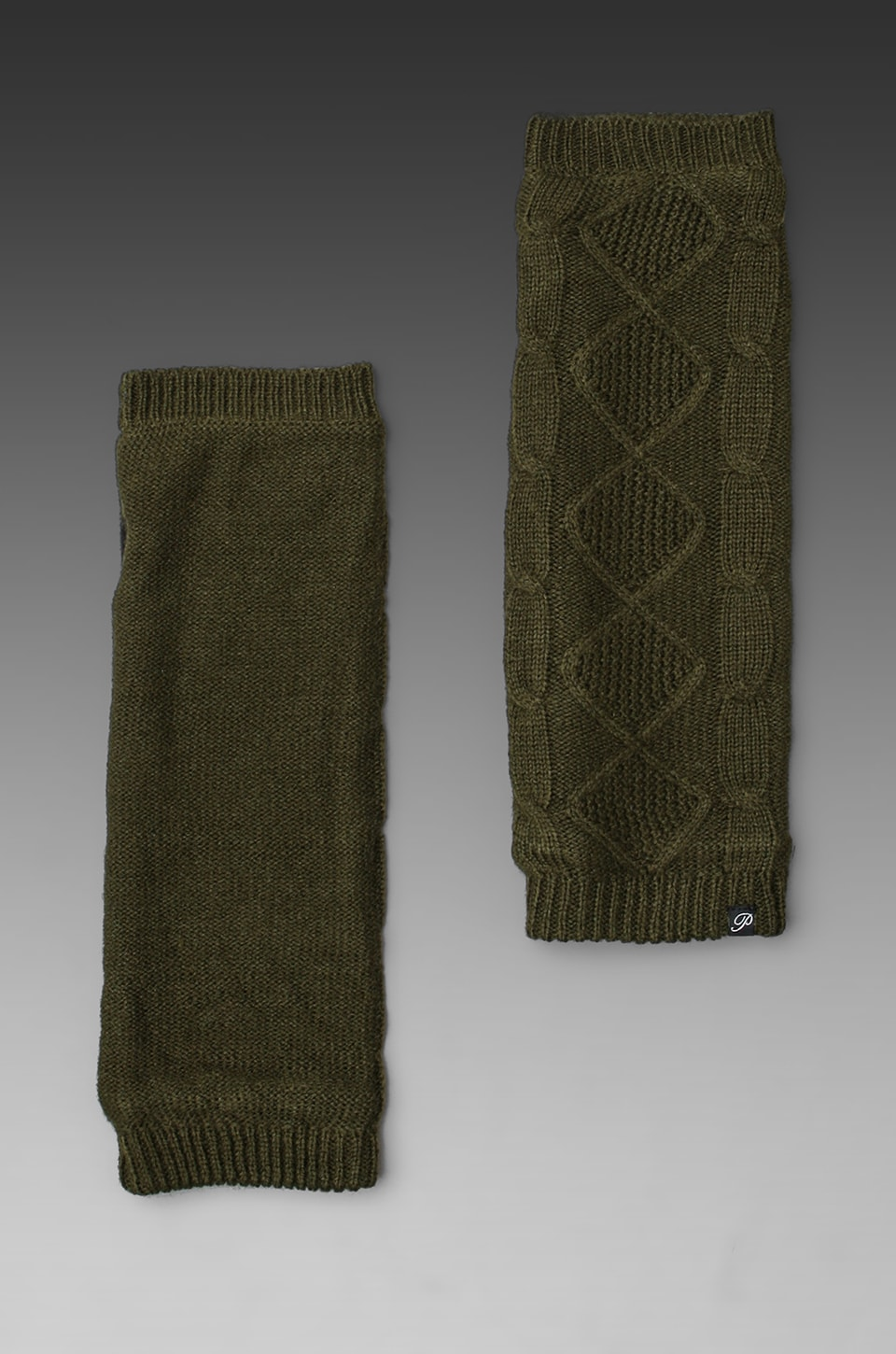 Plush Cable Knit Fleece Lined Armwarmer in Army