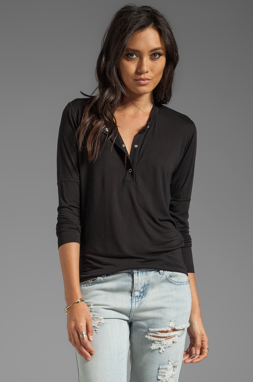 Pencey Standard Sprint Henley in Black