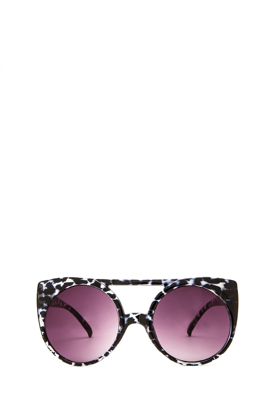 Quay Ishmish Sunglasses in Black Tortoiseshell