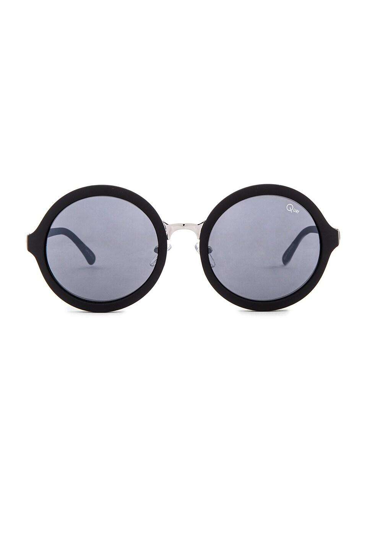 Quay Smoke In Mirrors Sunglasses in Black