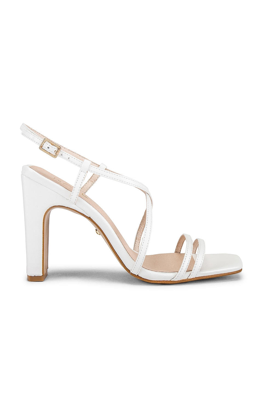 RAYE Bee Heel in White