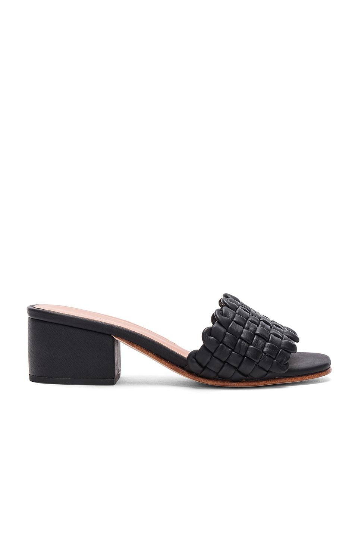 Rachel Comey Pentz Mule en Polished Black