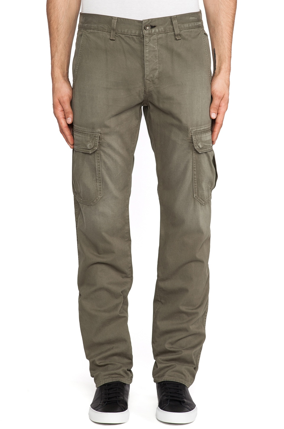 Rag & Bone Radar Cargo Pant in Distressed Army