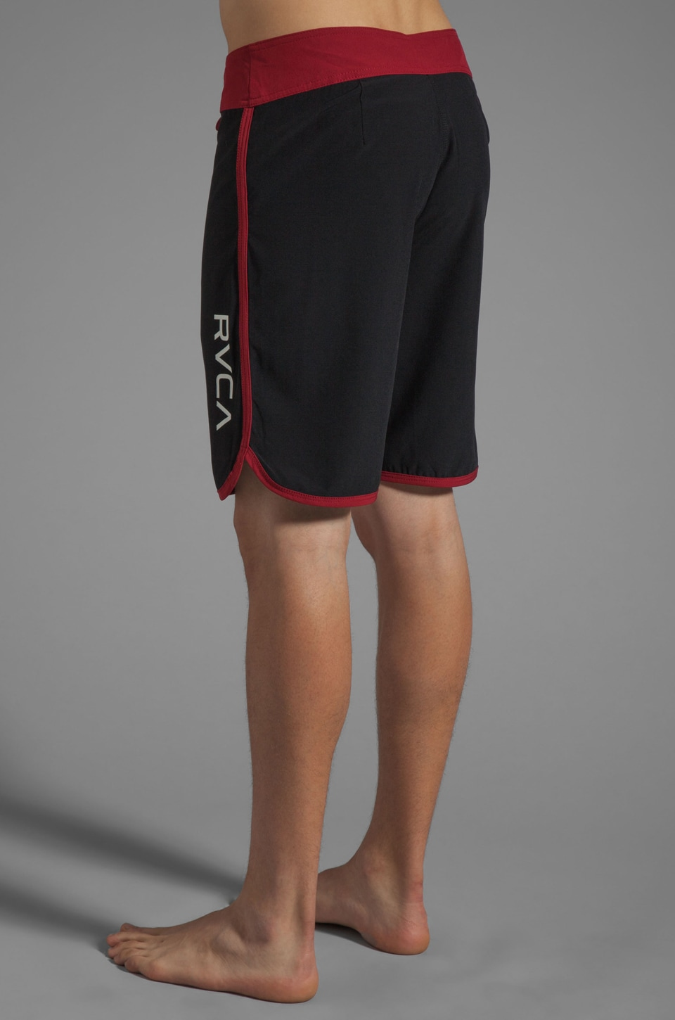 """RVCA Eastern 20"""" Trunk in Black/Red Grease"""