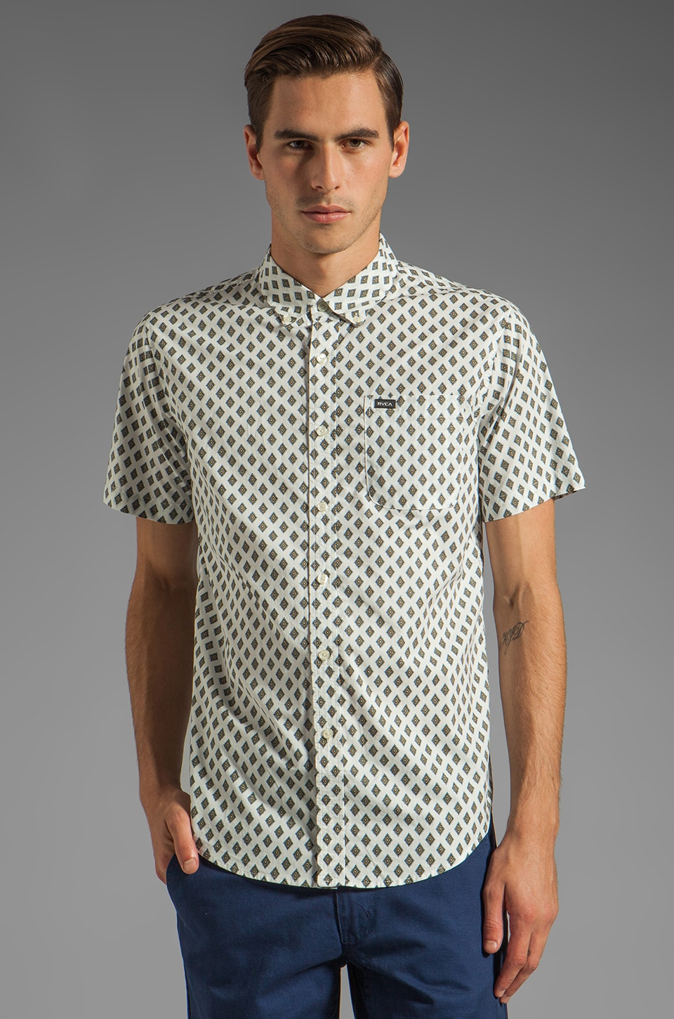 RVCA Falling S/S Shirt in Vintage White