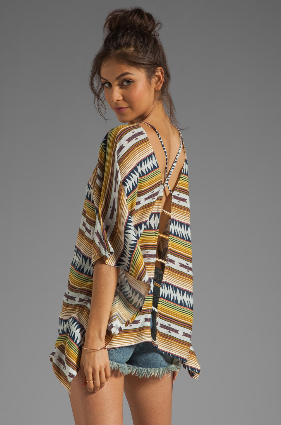 RVCA Richness Cover Up in Sundown