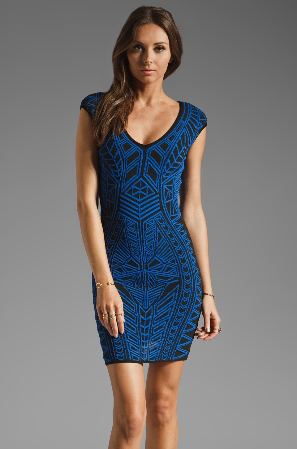 RVN Abstract Jacquard Mini Dress en Noir/Bleu