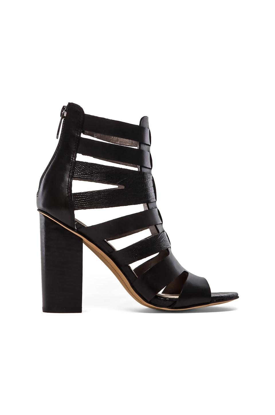 Sam Edelman Yazmine Heel in Black