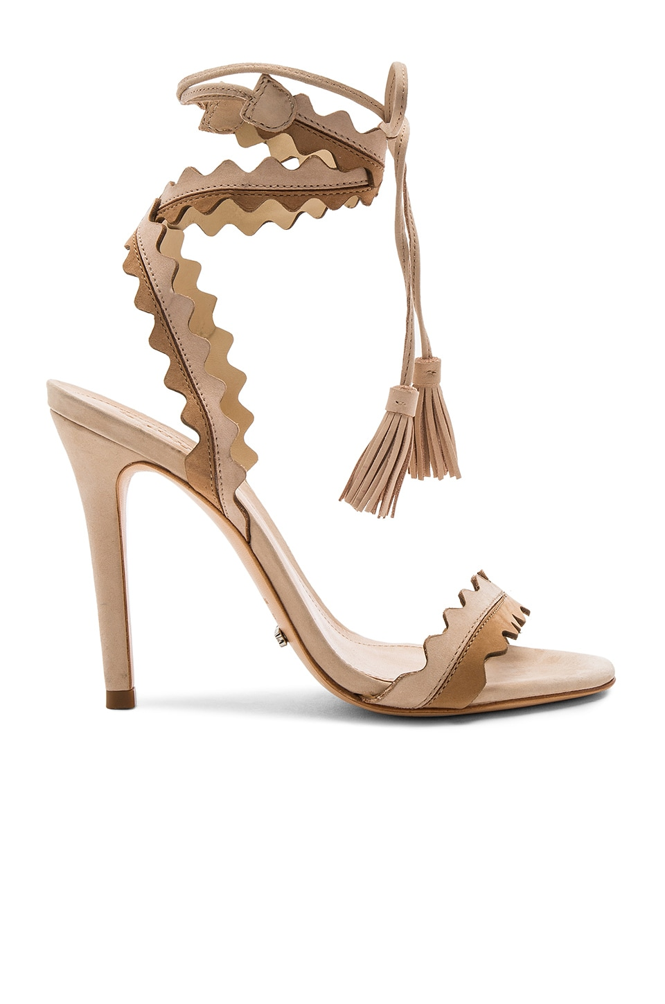 Love this gorgeous sandal!