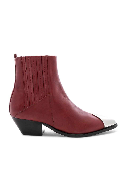 Luccyen Boot