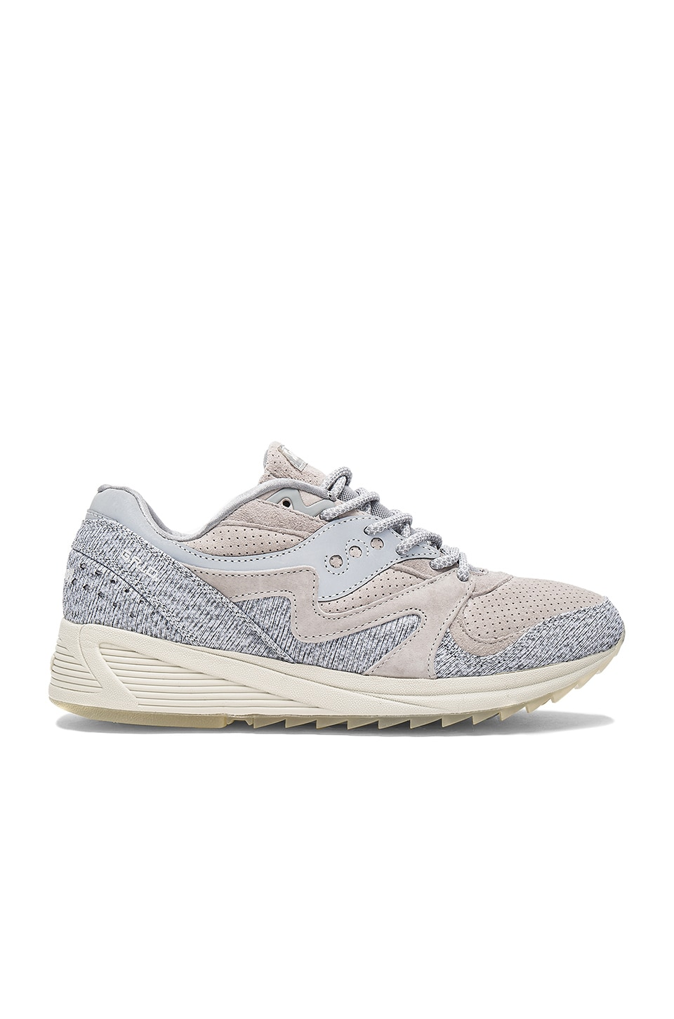 Dirty Snow II Grid 8000 CL by Saucony