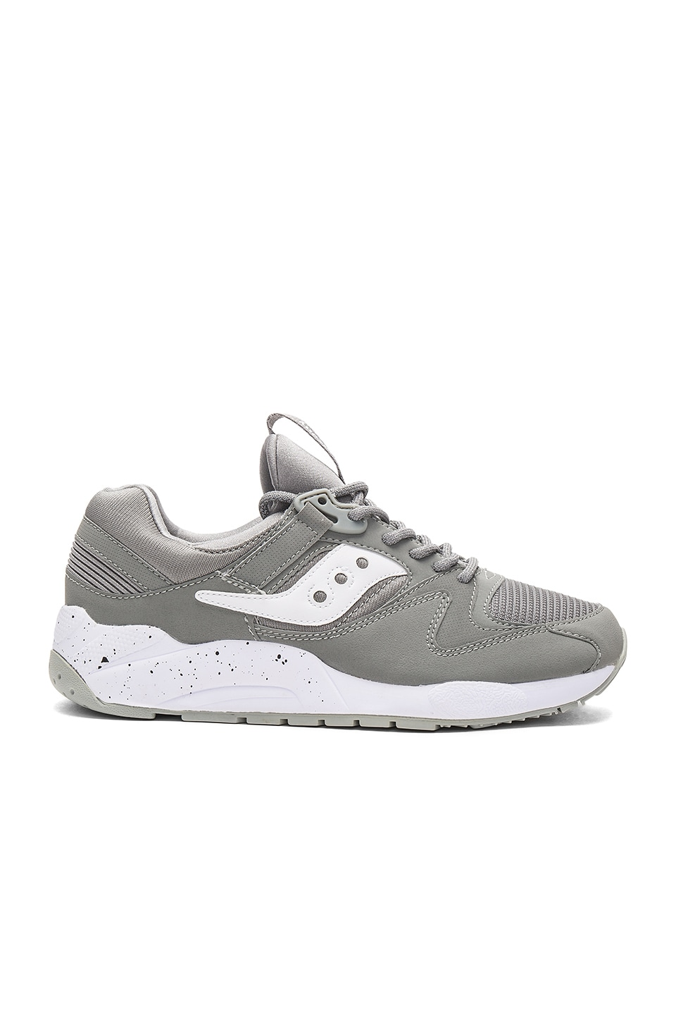 Grid 9000 by Saucony