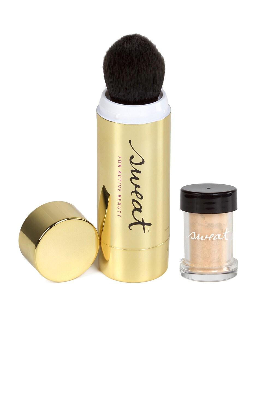 Sweat Cosmetics Mineral Illuminator SPF 25 + Twist-Brush