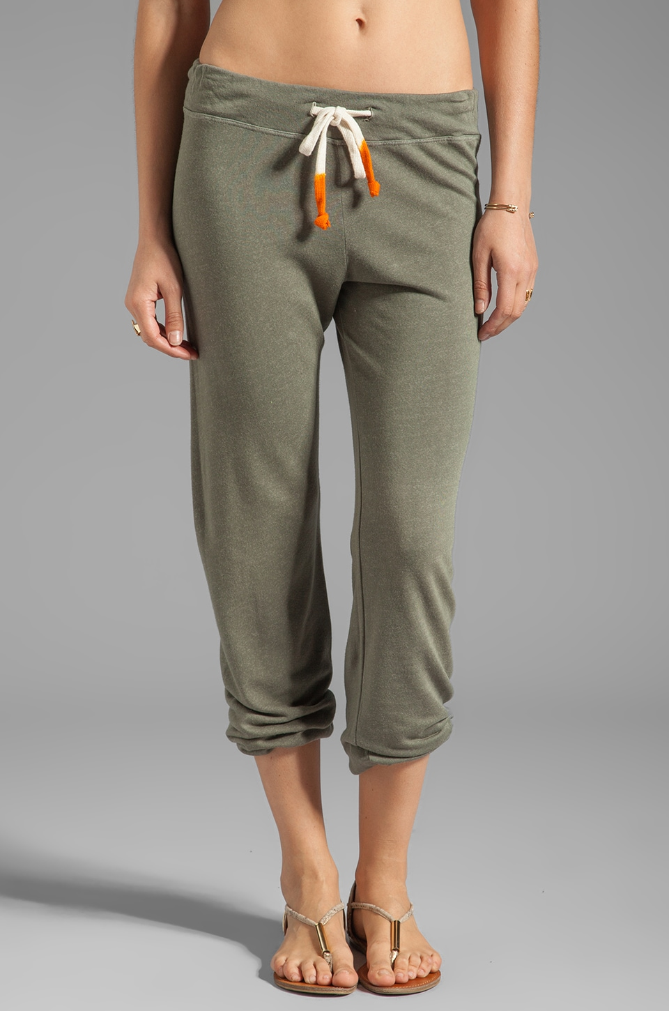 SUNDRY Classic Sweatpants in Army