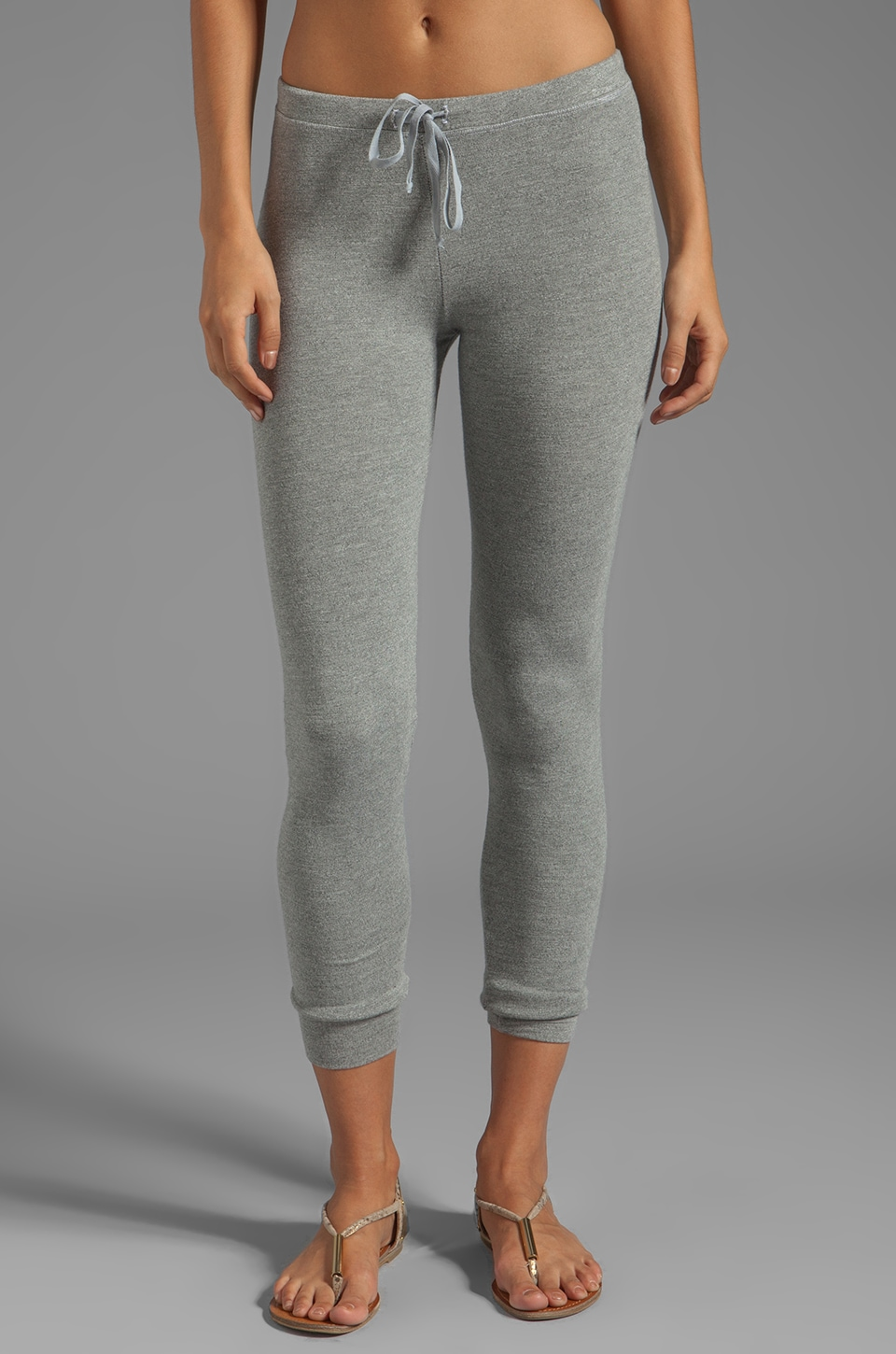 SUNDRY Skinny Sweatpants in Heather Grey