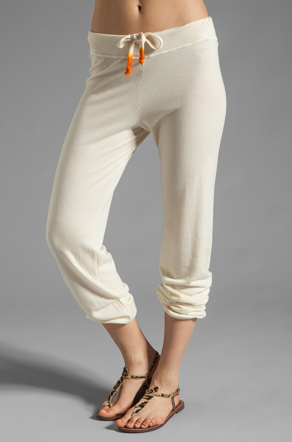 SUNDRY Light Terry Classic Sweatpant in Sea Shell