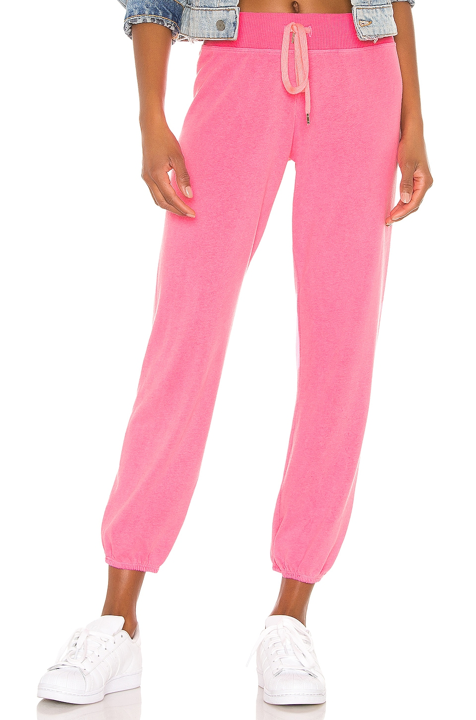 SUNDRY Basic Sweatpant in Pigment Neon Pink