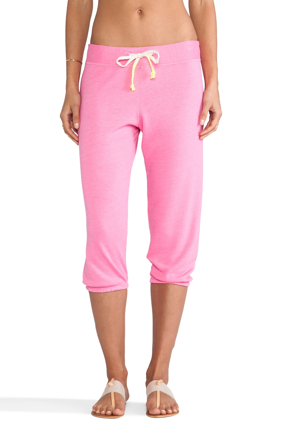 SUNDRY Fleece Capri Sweat Pants in Carnation