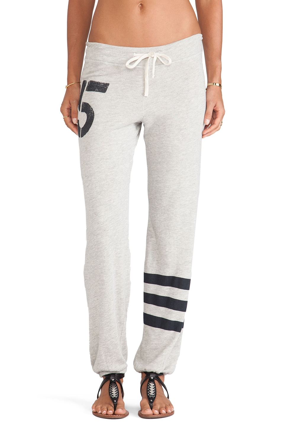 SUNDRY Five Classic Sweatpant in Heather Grey