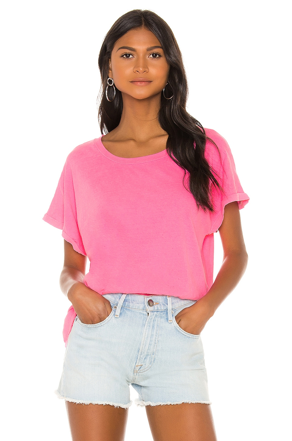 SUNDRY Square Tee in Pigment Neon Pink