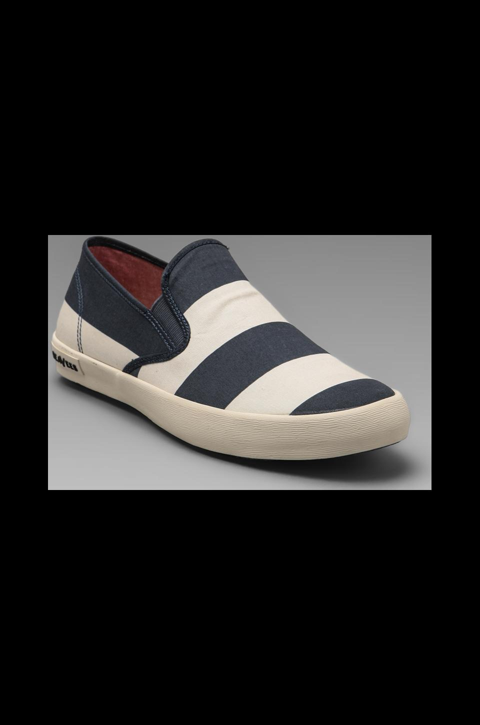 SeaVees Baja Slip-on Board Stripe in Deep Ocean