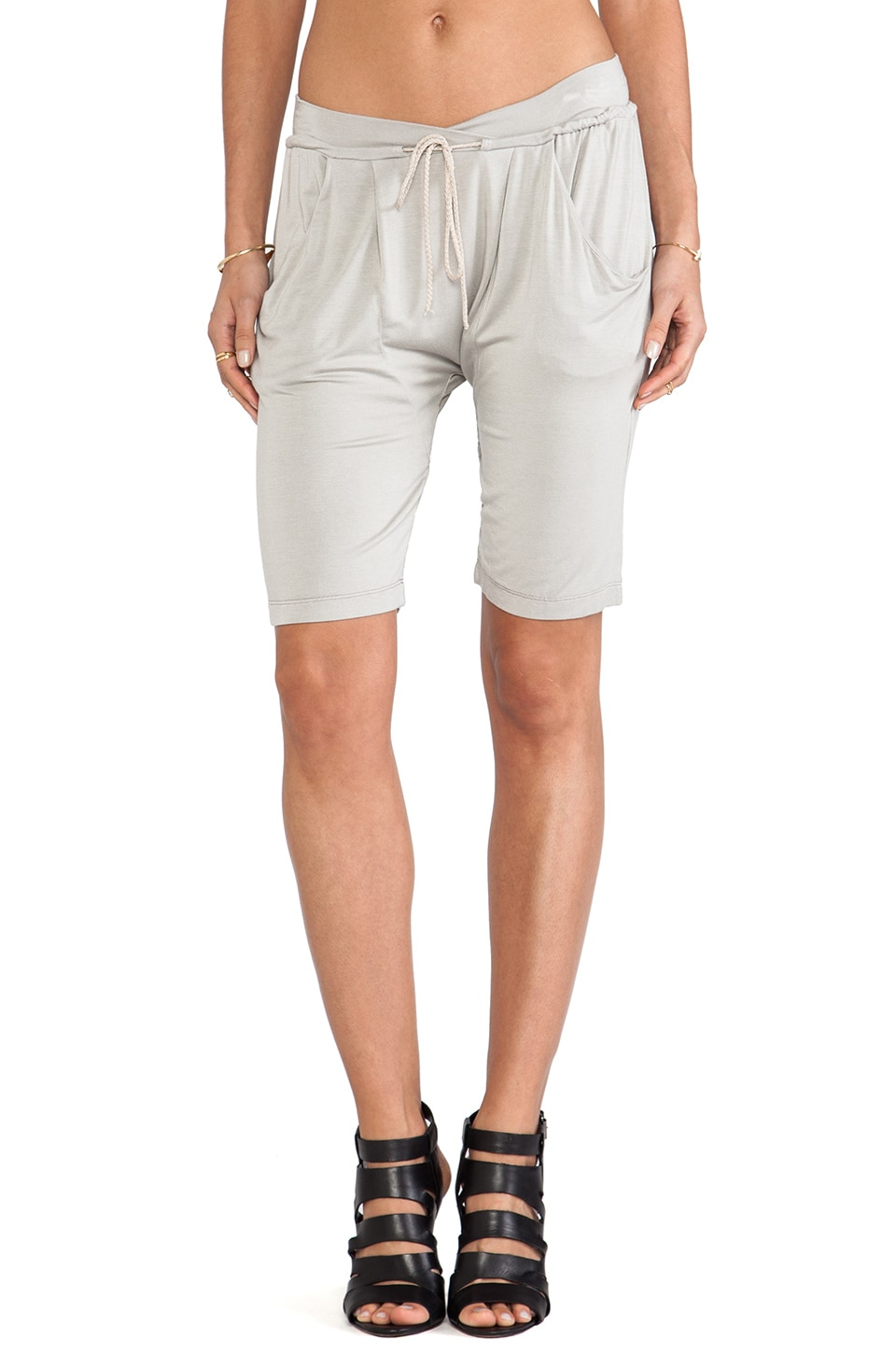 sen Yahina Short in Oyster
