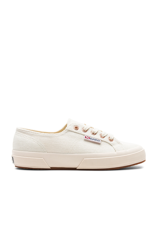 2750 Corduroy Sneaker