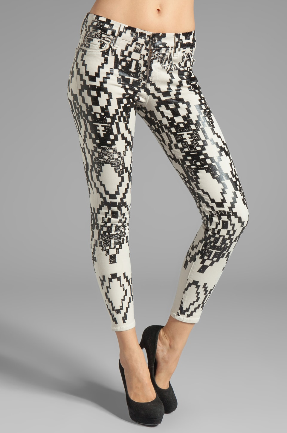 7 For All Mankind The Cropped Skinny in Ethnic Geo Print Black