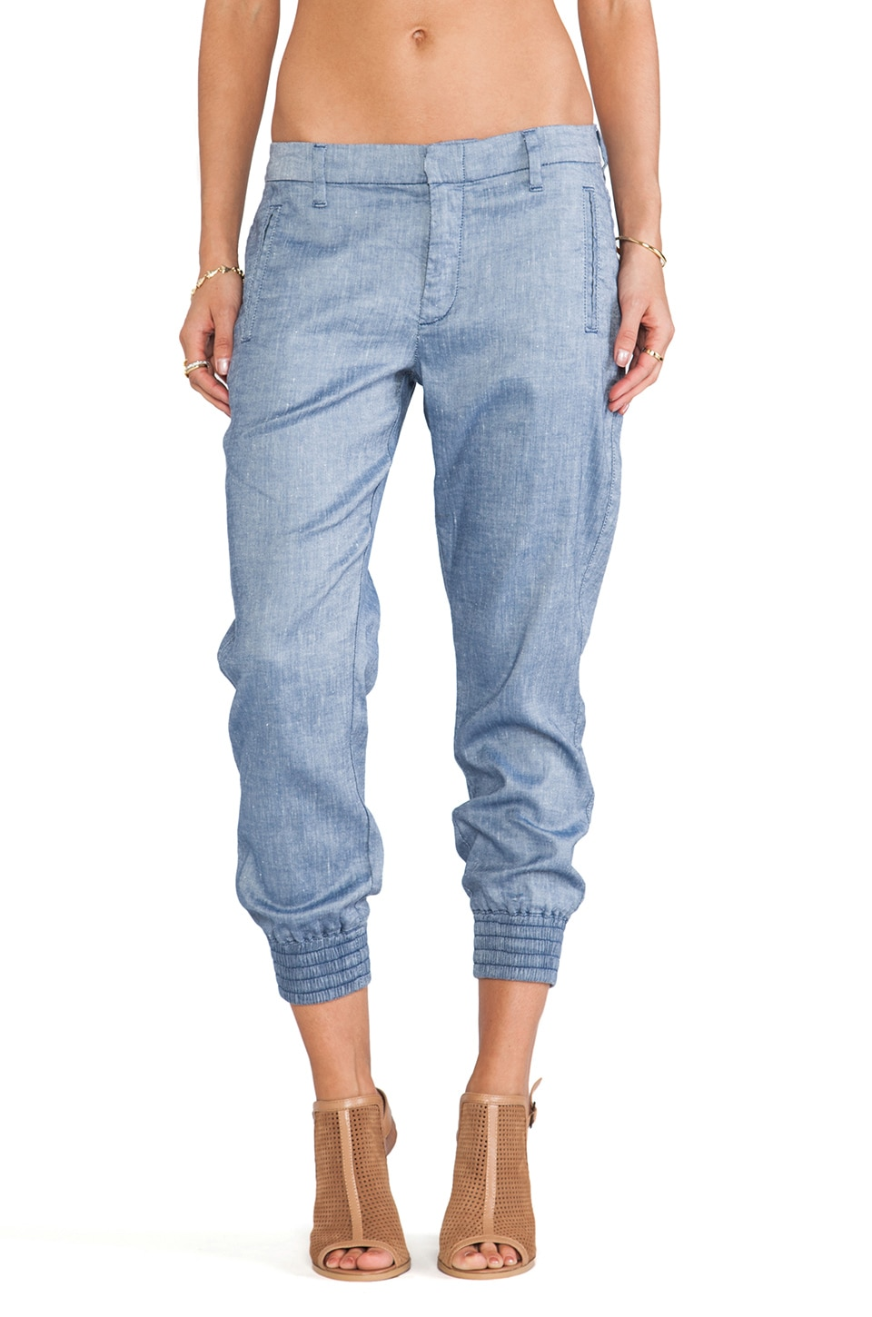 7 For All Mankind Drapey Sportif Chino in Chambray Sheen