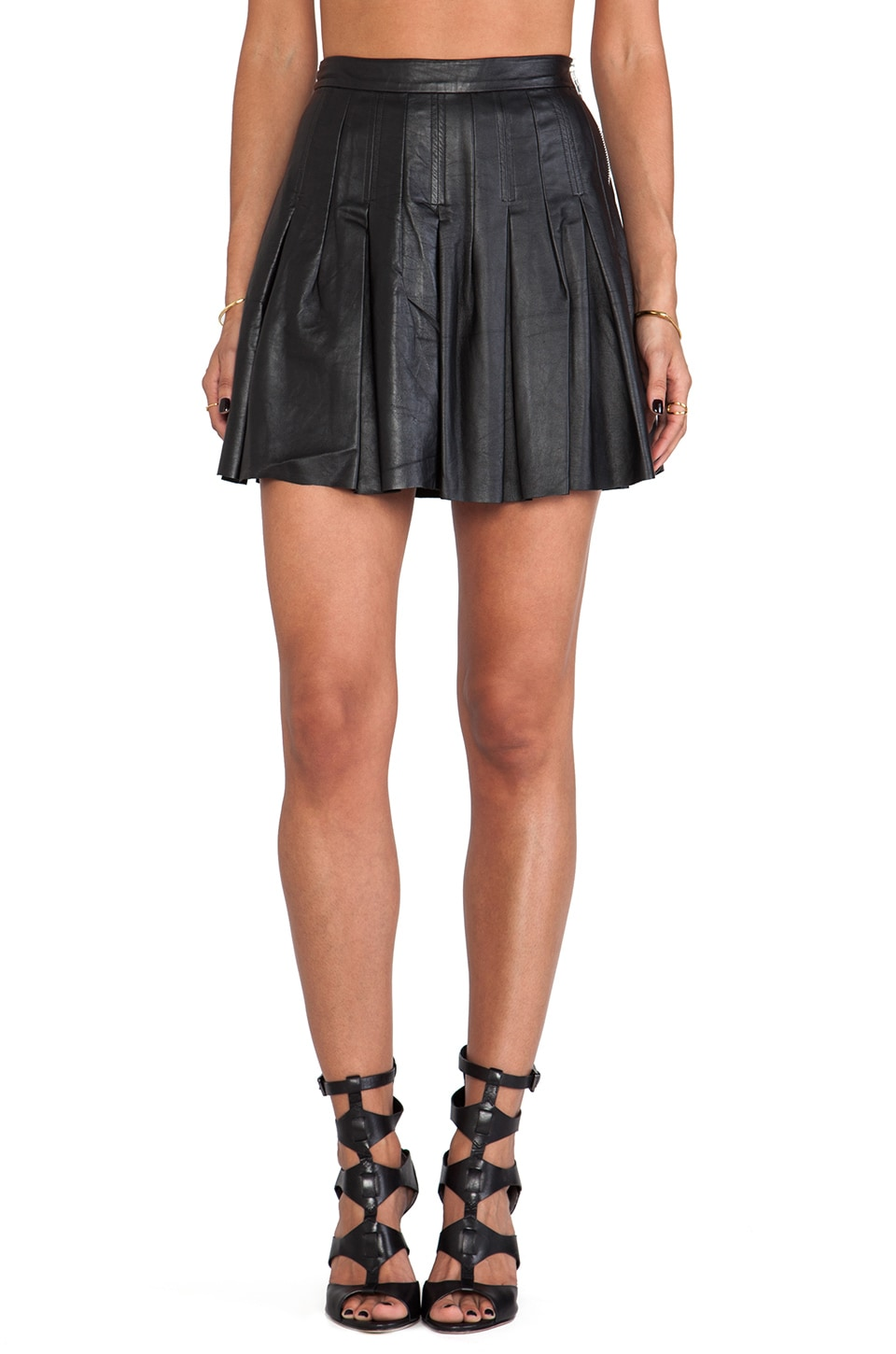 Shakuhachi Leather Pleated Skirt in Black