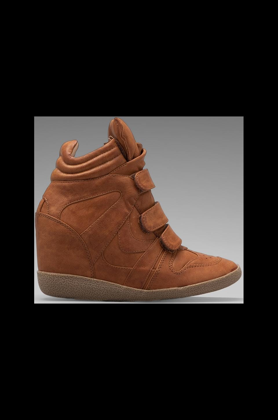 Steve Madden Hilight Sneaker in Cognac Leather